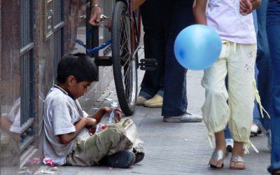 Niños y riesgo de pobreza