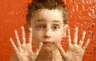 Trastornos del espectro autista (TEA): diagnóstico temprano, modelos de intervención y farmacología