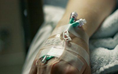 Antibióticos orales versus intravenosos para la infección ósea y articular