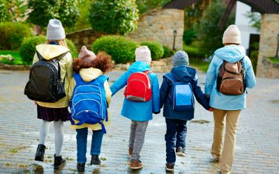 Los pediatras recomiendan cuidar el calzado de los menores para un correcto desarrollo articular