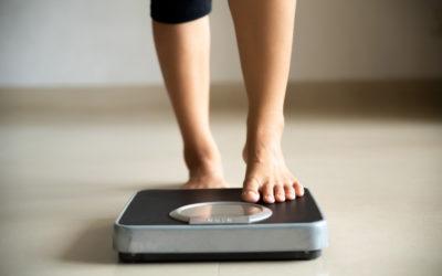 ¿Influye el peso antes del embarazo en el riesgo de desarrollo de dermatitis atópica infantil?